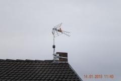 Antenne TV installée sur cheminée